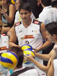 Richard Gomez playing for MYSMART-PLDT Team.