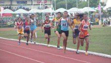 Calis and Josef going neck to neck in the 800m Palaro race.
