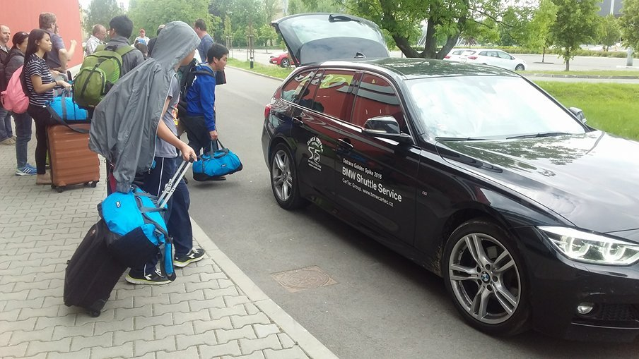 We are treated like VIP's in Golden Spike Ostrava as seen in this kind of shuttle service.